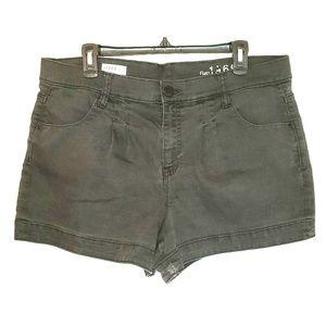 GAP 1969 Womens Black Shorts size 33/16R